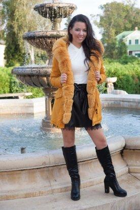 Női stílusos parka kabát prémmel