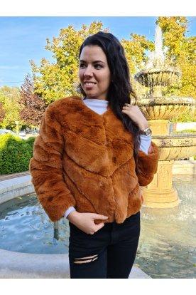 Divatos műszőrme kabát