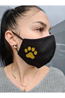 Tappancs mintával díszített fekete színű mosható szájmaszk