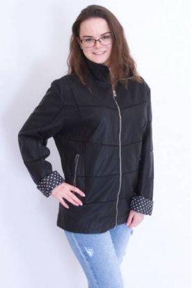 Divatos női rövid derekú műbőr kabát belsején pöttyökkel díszítve