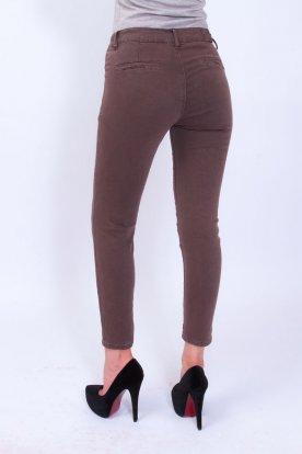 Divatos női hosszú szárú barna farmernadrág