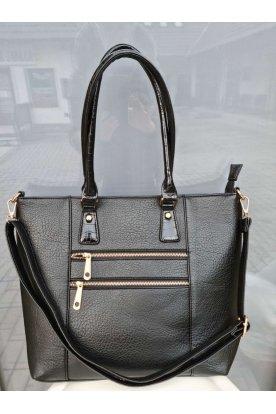 Nagy méretű dupla cipzáros elől zsebes kézi táska.