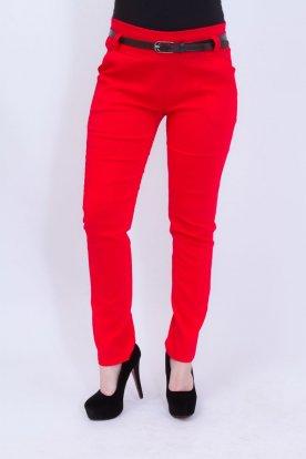 Alkalmi piros színű női nadrág övvel