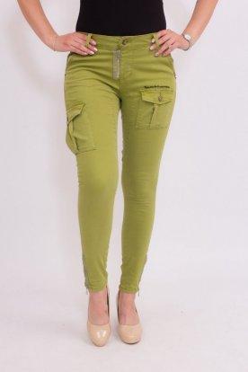 Divatos zöld színű női Cargo farmernadrág zsebekkel és alján cipzárral