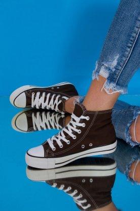 Divatos színes magas szárú tornacipő