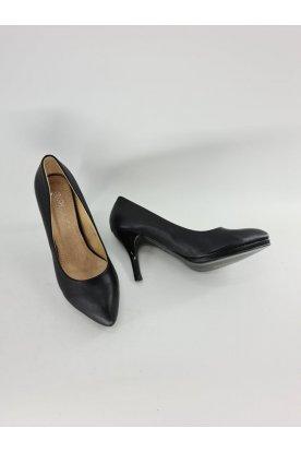Elegáns fekete színű műbőr női magassarkú
