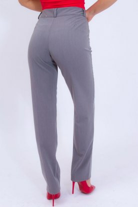 Elegáns szürke élére vasalt egyenesszárú női nadrág