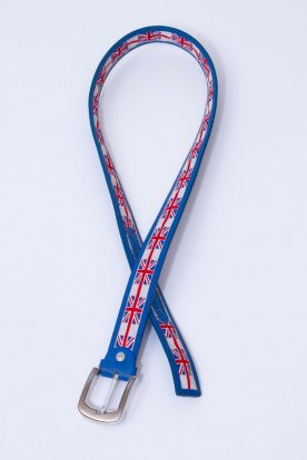 Divatos brit zászlóval díszített kék színű csatos öv