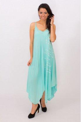 Ujjatlan spagetti pántos világos kék színű felirattal díszített lenge nyári ruha
