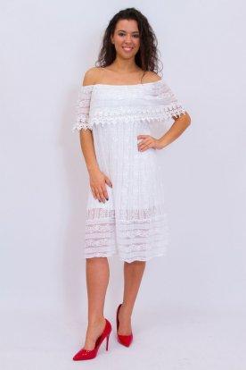 Gyönyörű fehér színű pelerines hímzett és horgolt nyári alkalmi ruha