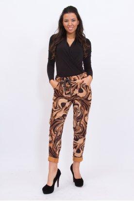 Divatos gyűrt anyagú hullám mintás női nadrág