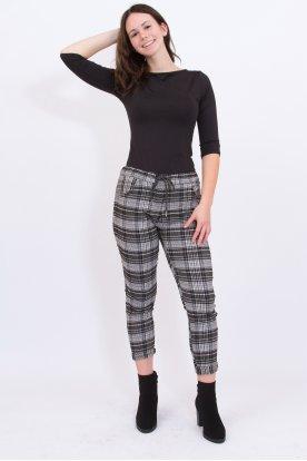Divatos gyűrt anyagú kocka mintás női nadrág