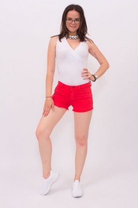 Piros szaggatott aljú rövidnadrág