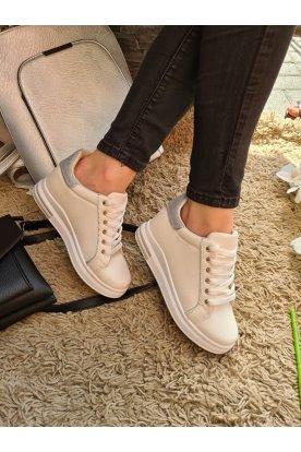 Női divatos fehér színű sportcipő ezüst csillámos díszítéssel